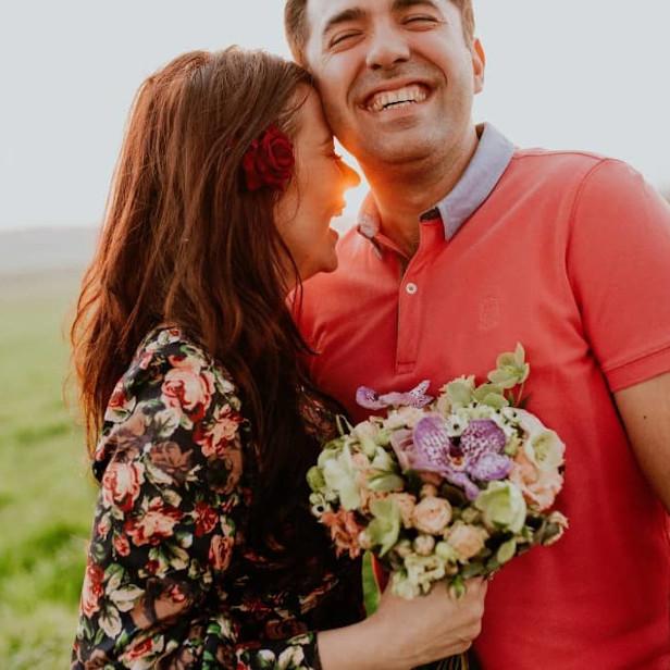 jeune couple heureux